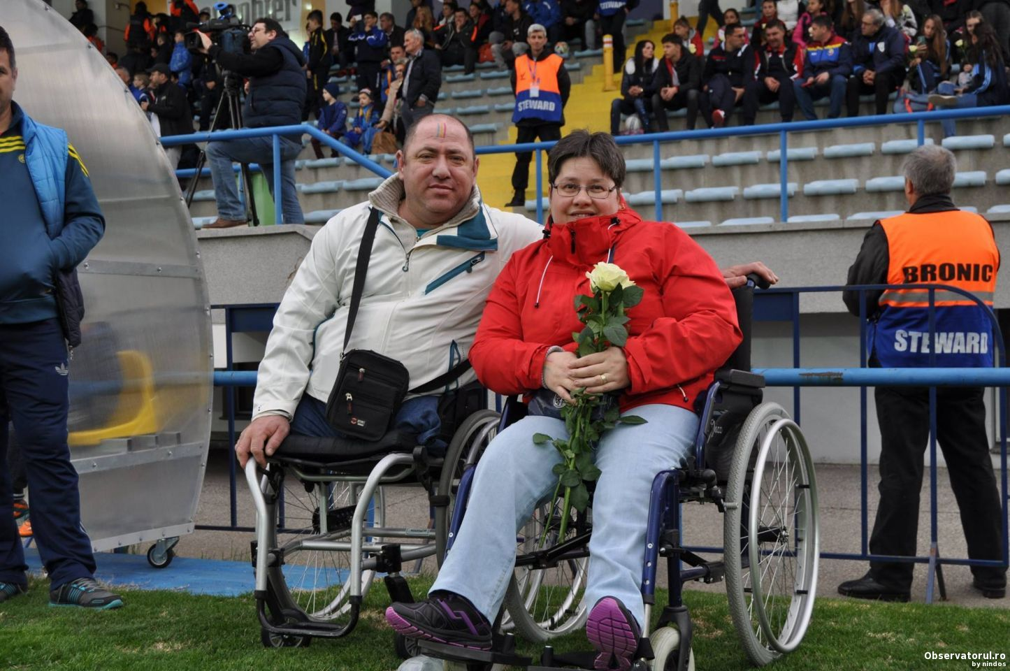 Persoanele cu dizabilitati au urmarit antrenamentul deschis al echipei nationale de fotbal