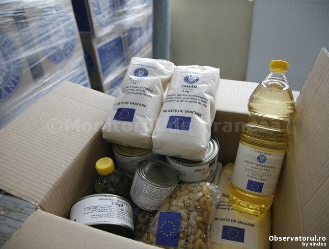 Beneficiarii de pachete UE din a doua jumatate a anului pot ridica inca doua cutii cu alimente