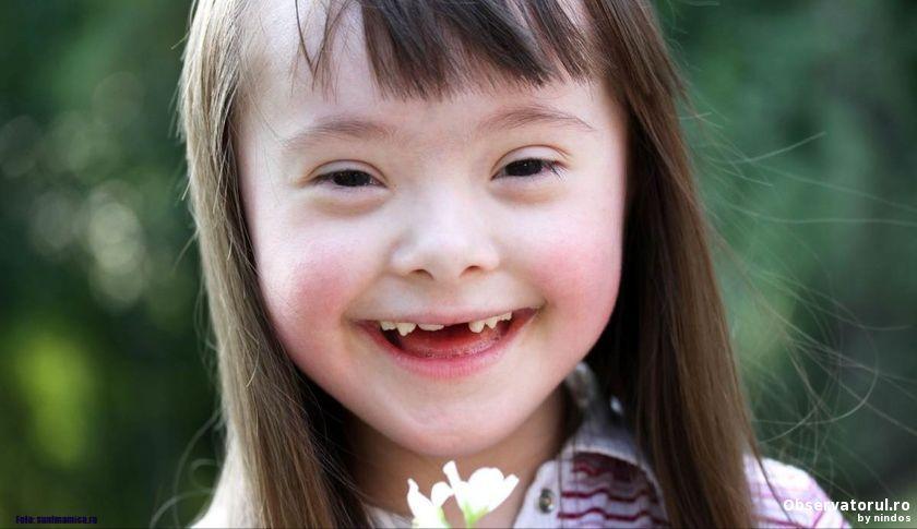 Mii de copii cu sindromul Down au ramas fara indemnizatie in urma unui ordin de ministru