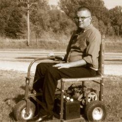 Legenda Ralph Braun, cel care aduce independenta utilizatorilor de scaune rulante din intreaga lume