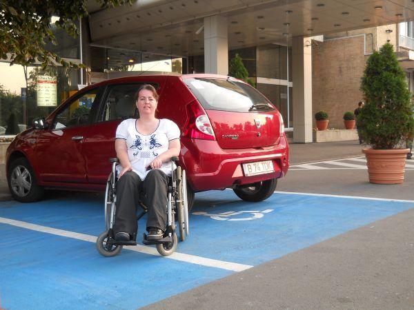 Persoanele cu handicap grav sau accentuat sunt scutite de la plata taxei asupra autoturismelor